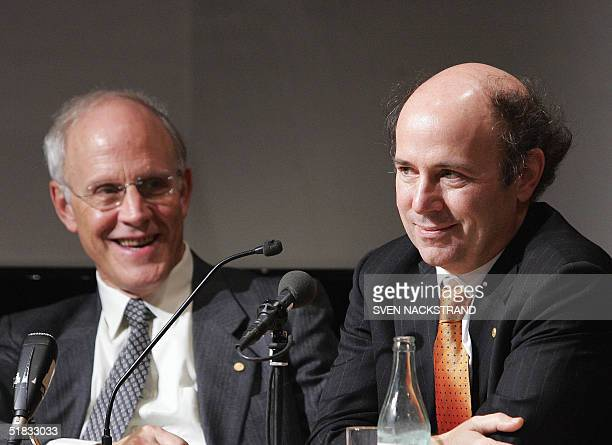 Two of the three 2004 Nobel physics prize laureates David J Gross and Frank Wilczek both of the United States give a press conference in Stockholm 07...