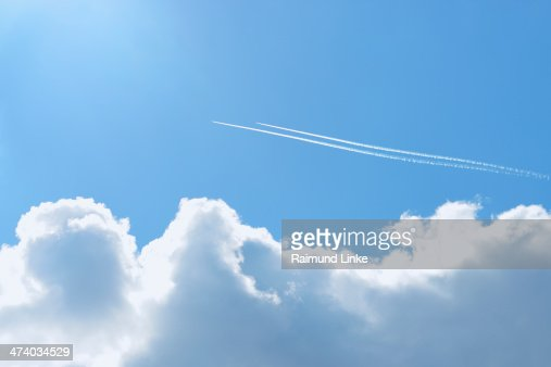 Two Planes with Contrails