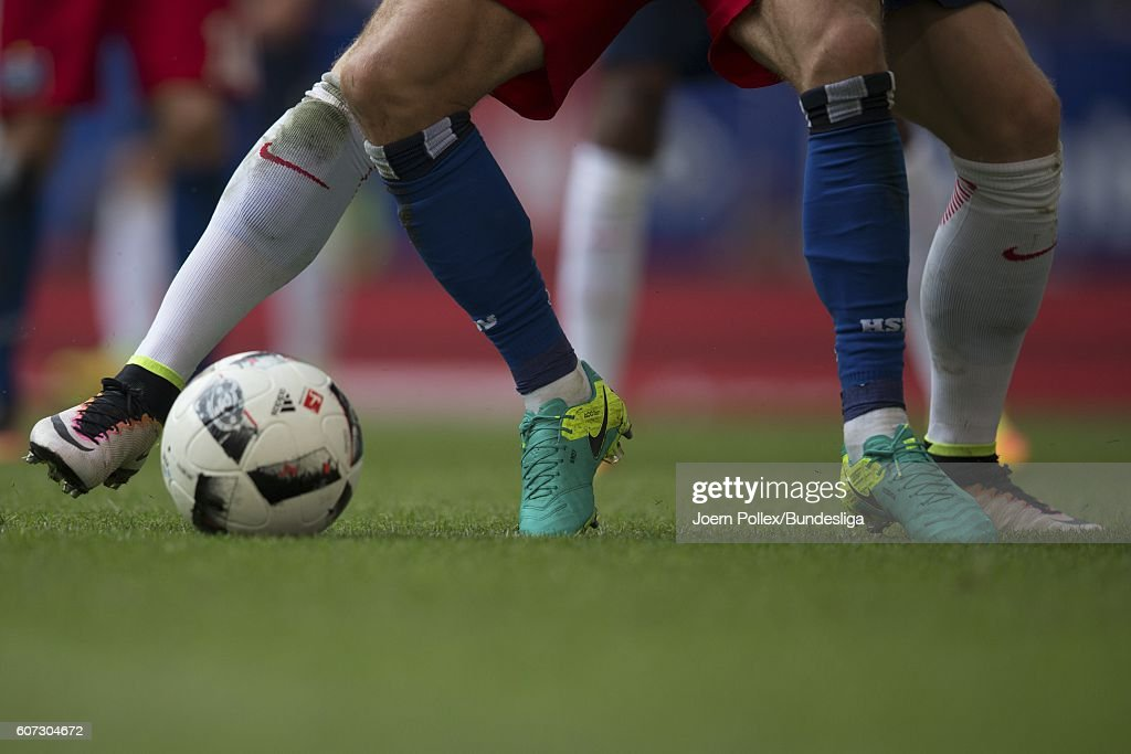 Two Player compete for the ball during the Bundesliga match between Hamburger SV and RB Leipzig at Volksparkstadion on September 17, 2016 in Hamburg, Germany.