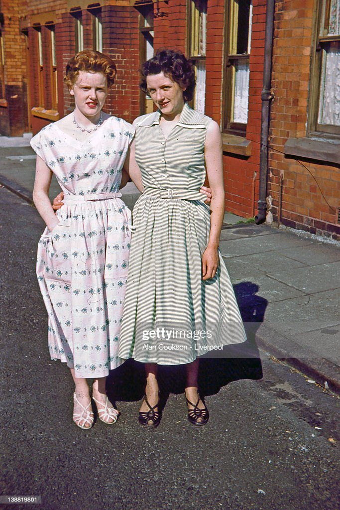 Two sisters in Bridgeford Avenue, West Derby : Stock Photo