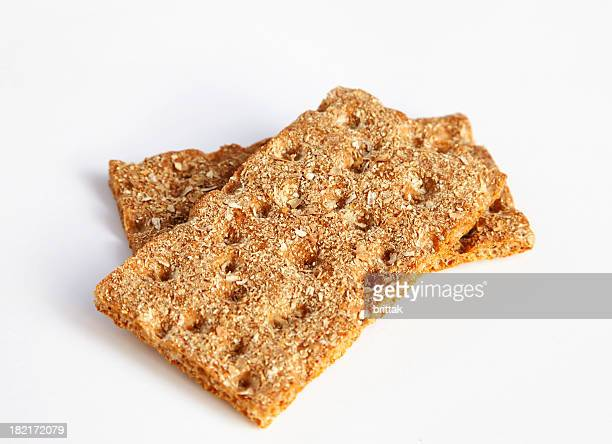 Zwei Scheiben von frischem Brot, isoliert auf weiß. Schweden