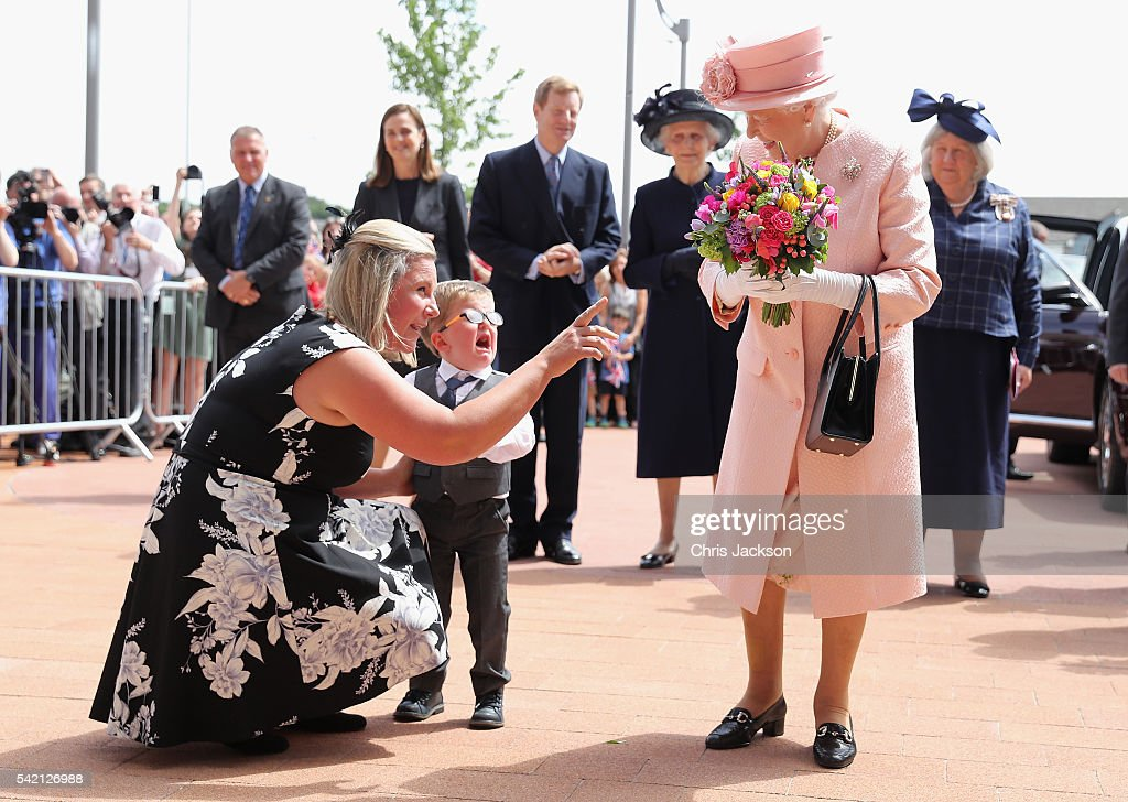 two-year-old-lewis-connet-bursts-into-tears-as-he-presents-queen-ii-picture-id542126988