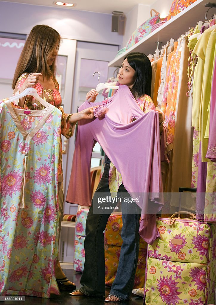 Young womens clothing stores