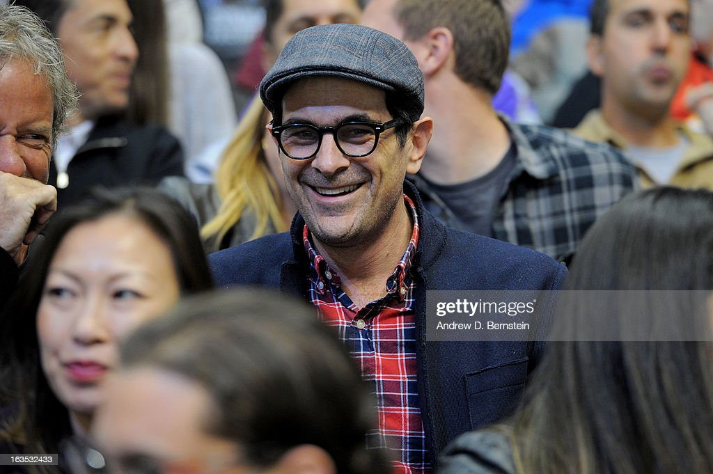Ty Burrell watches the game between the Los Angeles Kings and the Calgary Flames at Staples Center on March 11, 2013 in Los Angeles, California.
