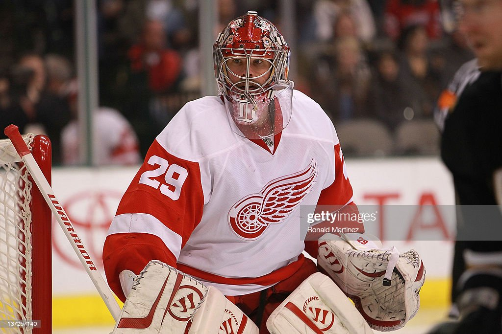 <a gi-track='captionPersonalityLinkClicked' href=/galleries/search?phrase=Ty+Conklin&family=editorial&specificpeople=203338 ng-click='$event.stopPropagation()'>Ty Conklin</a> #29 of the Detroit Red Wings in goal against the Dallas Stars at American Airlines Center on January 17, 2012 in Dallas, Texas.