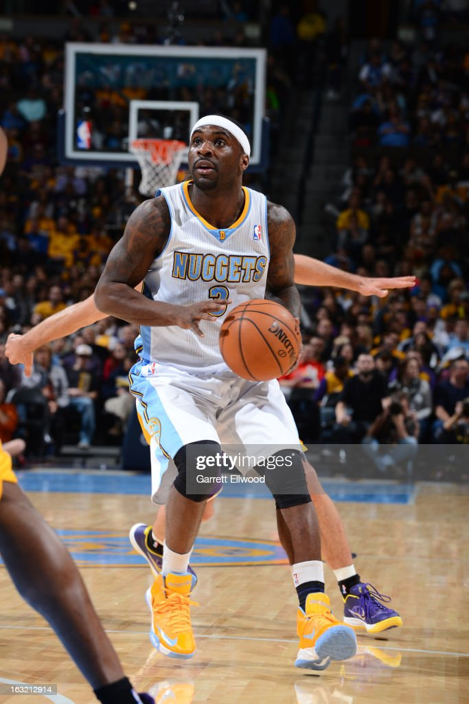 <a gi-track='captionPersonalityLinkClicked' href=/galleries/search?phrase=Ty+Lawson&family=editorial&specificpeople=4024882 ng-click='$event.stopPropagation()'>Ty Lawson</a> #3 of the Denver Nuggets looks to shoot against the Los Angeles Lakers on February 25, 2013 at the Pepsi Center in Denver, Colorado.