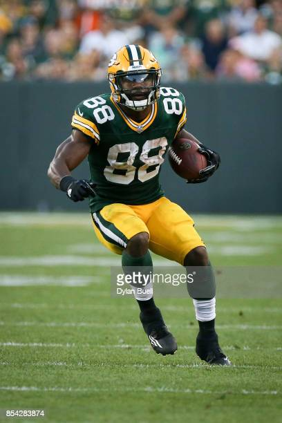 Ty Montgomery of the Green Bay Packers runs with the ball in the fourth quarter against the Cincinnati Bengals at Lambeau Field on September 24 2017...