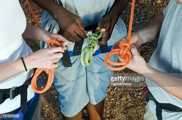 in Seil Knoten zu binden