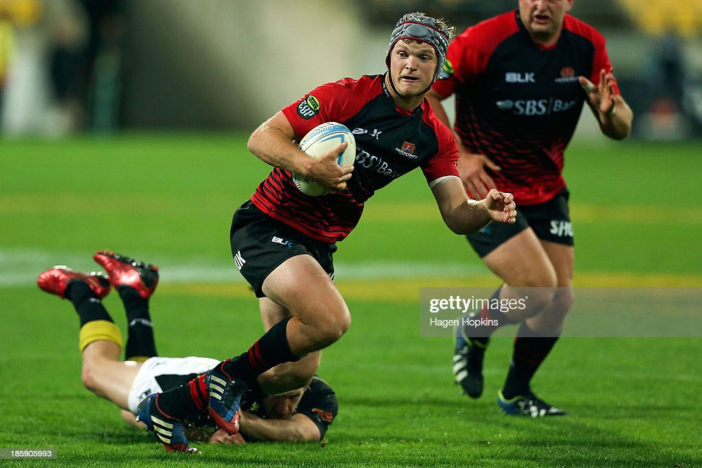 Tyler Bleyendaal of Canterbury makes a break during the ITM Cup Premiership Final match between Wellington and Canterbury at Westpac Stadium on October 26, 2013 in Wellington, New Zealand.