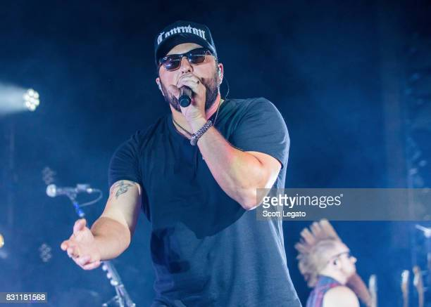 Tyler Farr performs at DTE Energy Music Theater on August 13 2017 in Clarkston Michigan