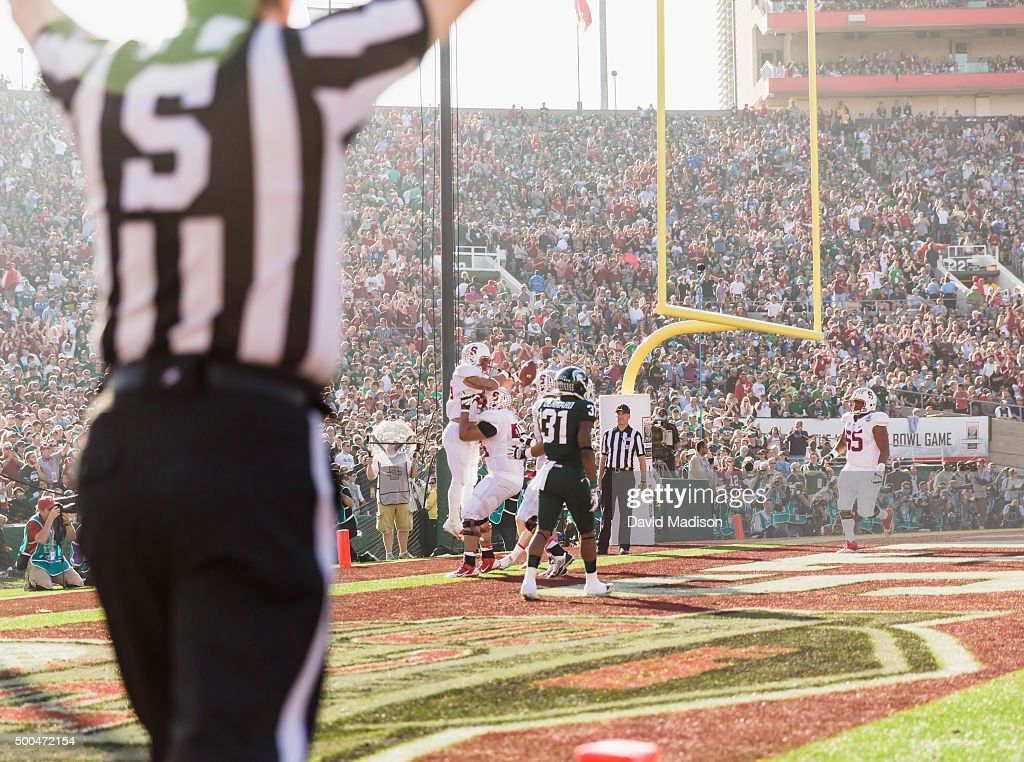 <a gi-track='captionPersonalityLinkClicked' href=/galleries/search?phrase=Tyler+Gaffney&family=editorial&specificpeople=7174690 ng-click='$event.stopPropagation()'>Tyler Gaffney</a> #25 of the Stanford Cardinal is hoisted by teammate David Yankey #54 following a touchdown during the 100th Rose Bowl Game between the Stanford Cardinal and the Michigan State Spartans played on January 1, 2014 at the Rose Bowl Stadium in Pasadena, California. Visible in background is Khalil Wilkes #65.