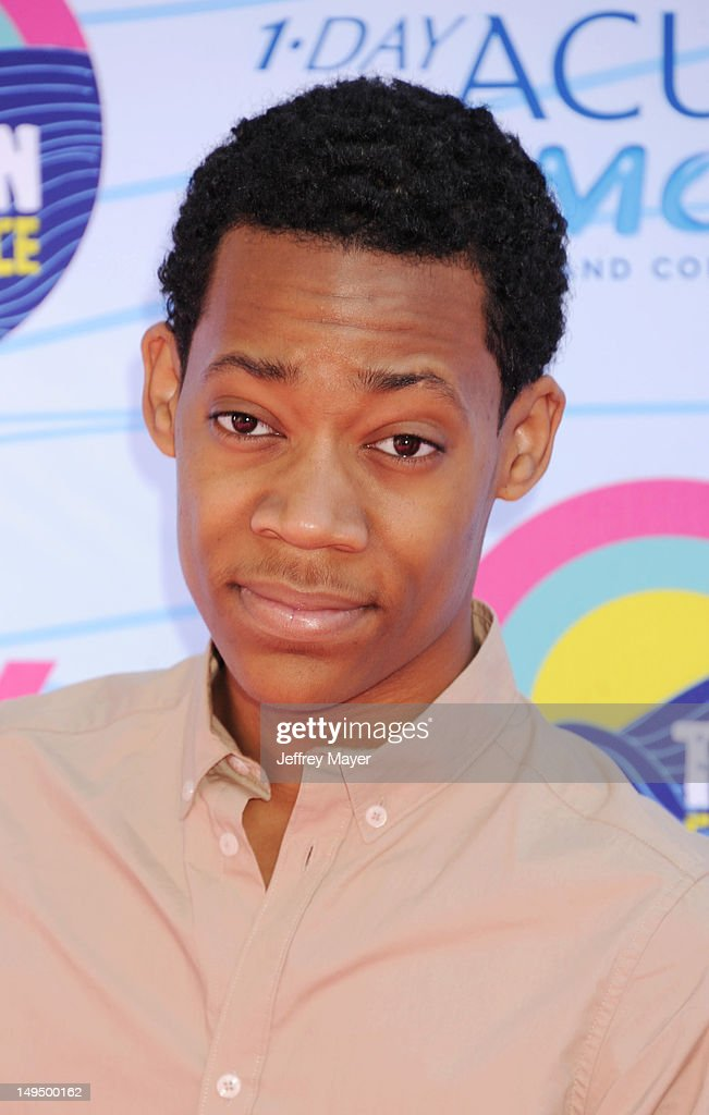 Tyler James Williams arrives at the 2012 Teen Choice Awards at Gibson Amphitheatre on July 22, 2012 in Universal City, California.