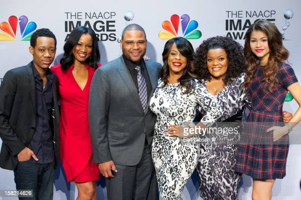 Tyler James Williams Garcelle Beauvais Anthony Anderson Niecy Nash Yvette NicoleBrown and Zendaya pose for a photo at the 44th NAACP Image Awards...