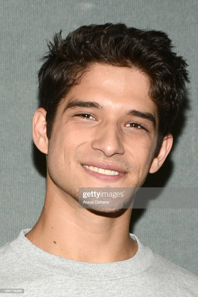 <a gi-track='captionPersonalityLinkClicked' href=/galleries/search?phrase=Tyler+Posey&family=editorial&specificpeople=3201481 ng-click='$event.stopPropagation()'>Tyler Posey</a> attends WonderCon Anaheim 2013 - Day 2 at Anaheim Convention Center on March 30, 2013 in Anaheim, California.