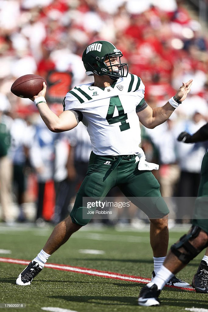 Tyler Tettleton #4 of the Ohio Bobcats throws a pass against the Louisville Cardinals during the game at Papa John's Cardinal Stadium on September 1, 2013 in Louisville, Kentucky. Louisville won 49-7.