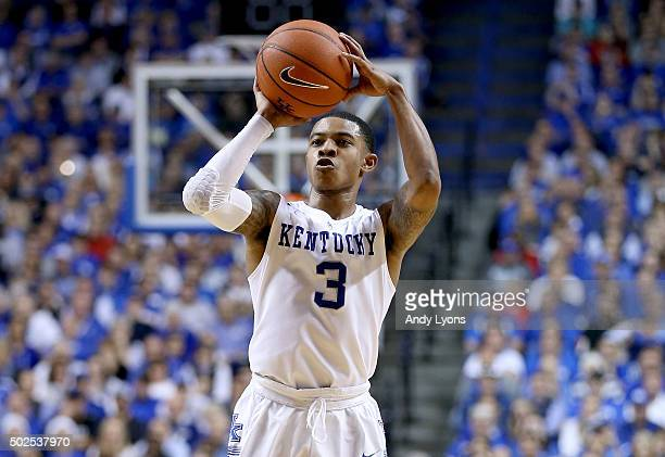 Tyler Ulis of the Kentucky Wildcats shoots the ball in the 7573 win over the Louisville Cardinals at Rupp Arena on December 26 2015 in Lexington...