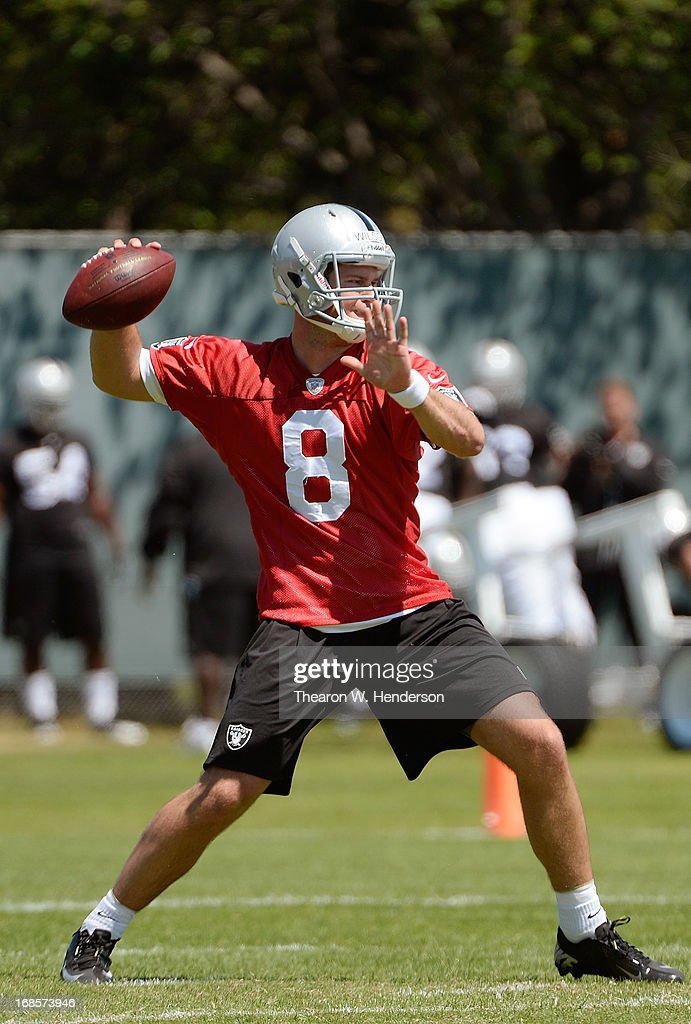 Tyler Wilson #8 of the Oakland Raiders participates in drills during Rookie Mini-Camp on May 11, 2013 in Alameda, California.
