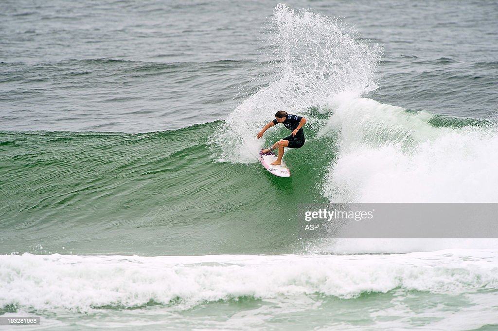 <a gi-track='captionPersonalityLinkClicked' href=/galleries/search?phrase=Tyler+Wright&family=editorial&specificpeople=212765 ng-click='$event.stopPropagation()'>Tyler Wright</a> of Australia surfs during the Roxy Pro on March 7, 2013 in Gold Coast, Australia.