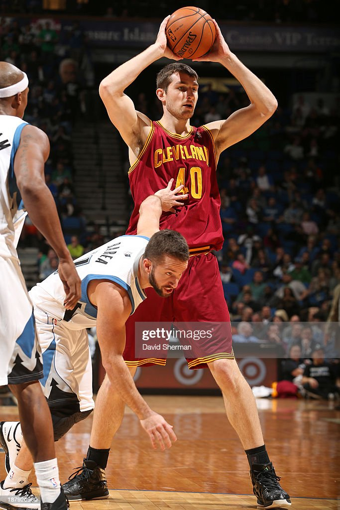 Tyler Zeller #40 of the Cleveland Cavaliers passes the ball against the Minnesota Timberwolves on November 13, 2013 at Target Center in Minneapolis, Minnesota.