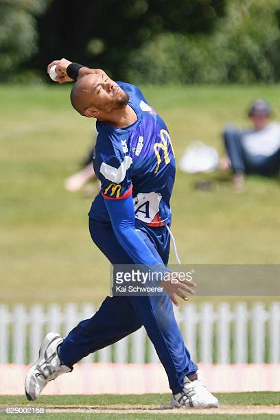 Tymal Mills of the Aces bowling during the Super Smash Twenty20 match between the Canterbury kings and the Auckland Aces at Hagley Oval on December...