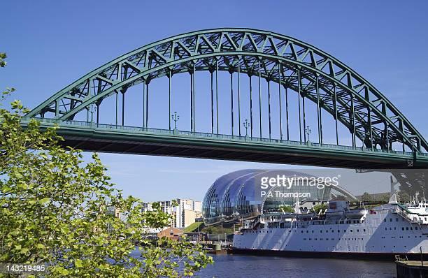 Tyne Bridge and The Sage, Newcastle on Tyne, Tyne and Wear, England