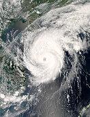 Typhoon Neoguri approaching China at 05:50 UTC on April 17, 2008.