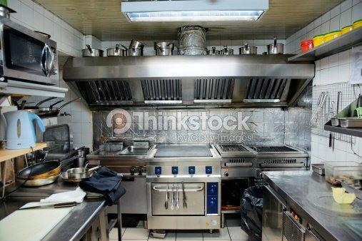 Typical kitchen of a restaurant stock photo thinkstock for Estructura de una cocina de restaurante
