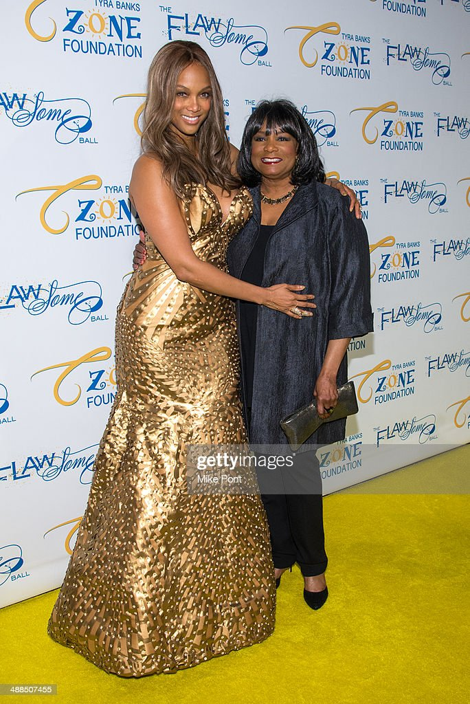 <a gi-track='captionPersonalityLinkClicked' href=/galleries/search?phrase=Tyra+Banks&family=editorial&specificpeople=202216 ng-click='$event.stopPropagation()'>Tyra Banks</a> and her mom Carolyn London attend <a gi-track='captionPersonalityLinkClicked' href=/galleries/search?phrase=Tyra+Banks&family=editorial&specificpeople=202216 ng-click='$event.stopPropagation()'>Tyra Banks</a>' Flawsome Ball 2014 at Cipriani Wall Street on May 6, 2014 in New York City.