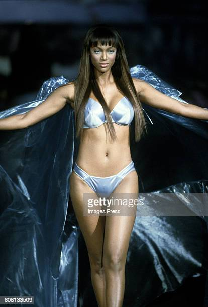 Tyra Banks at the 1999 Victoria's Secret Fashion show circa 1999 in New York City