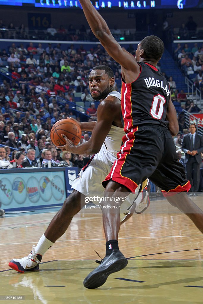 Tyreke Evans #1 of the New Orleans Pelicans drives against the Miami Heat on March 22, 2014 at the Smoothie King Center in New Orleans, Louisiana.
