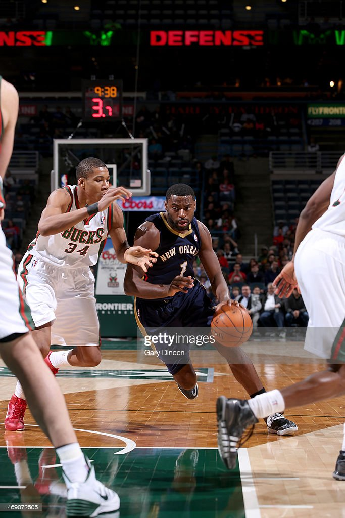 <a gi-track='captionPersonalityLinkClicked' href=/galleries/search?phrase=Tyreke+Evans&family=editorial&specificpeople=4851025 ng-click='$event.stopPropagation()'>Tyreke Evans</a> #1 of the New Orleans Pelicans drives to the basket against Giannis Antetokounmpo #34 of the Milwaukee Bucks on February 12, 2014 at the BMO Harris Bradley Center in Milwaukee, Wisconsin.