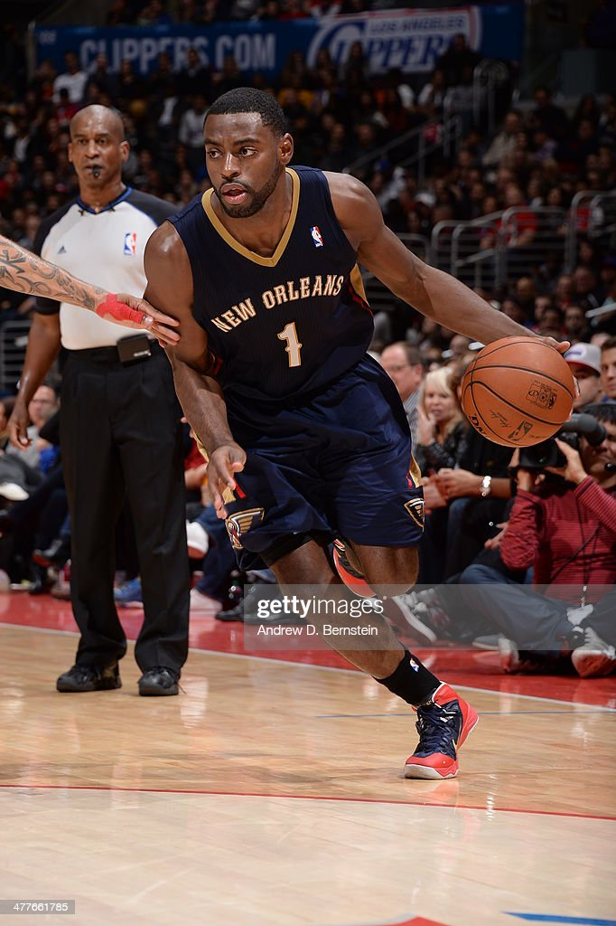<a gi-track='captionPersonalityLinkClicked' href=/galleries/search?phrase=Tyreke+Evans&family=editorial&specificpeople=4851025 ng-click='$event.stopPropagation()'>Tyreke Evans</a> #1 of the New Orleans Pelicans drives to the basket against the Los Angeles Clippers at STAPLES Center on March 1, 2014 in Los Angeles, California.