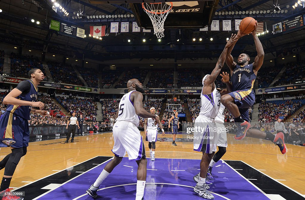 <a gi-track='captionPersonalityLinkClicked' href=/galleries/search?phrase=Tyreke+Evans&family=editorial&specificpeople=4851025 ng-click='$event.stopPropagation()'>Tyreke Evans</a> #1 of the New Orleans Pelicans goes up for the shot against the Sacramento Kings on March 3, 2014 at Sleep Train Arena in Sacramento, California.