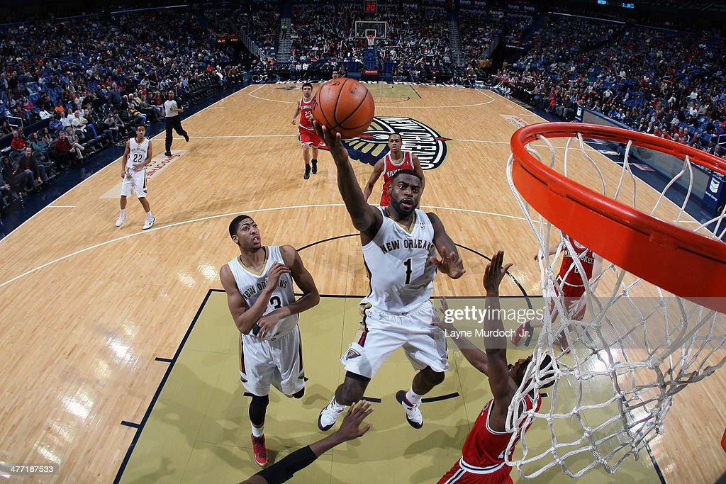 <a gi-track='captionPersonalityLinkClicked' href=/galleries/search?phrase=Tyreke+Evans&family=editorial&specificpeople=4851025 ng-click='$event.stopPropagation()'>Tyreke Evans</a> #1 of the New Orleans Pelicans takes a shot against the Milwaukee Bucks on March 7, 2014 at the Smoothie King Center in New Orleans, Louisiana.