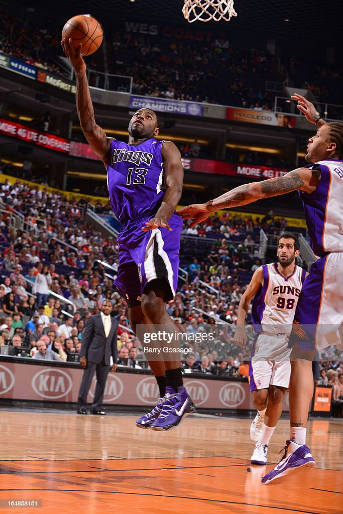 <a gi-track='captionPersonalityLinkClicked' href=/galleries/search?phrase=Tyreke+Evans&family=editorial&specificpeople=4851025 ng-click='$event.stopPropagation()'>Tyreke Evans</a> #13 of the Sacramento Kings drives for a shot against the Phoenix Suns on March 28, 2013 at U.S. Airways Center in Phoenix, Arizona.
