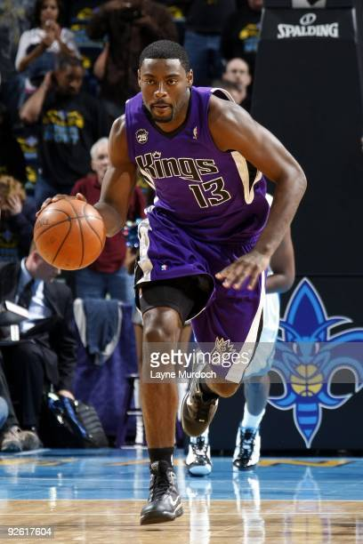 Tyreke Evans of the Sacramento Kings drives to the basket during the game against the New Orleans Hornets at New Orleans Arena on October 30 2009 in...