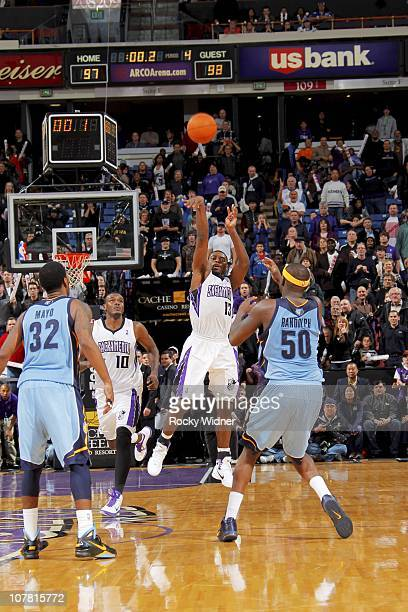 Tyreke Evans of the Sacramento Kings shoots the gamewinning three point shot against the Memphis Grizzlies on December 29 2010 at ARCO Arena in...