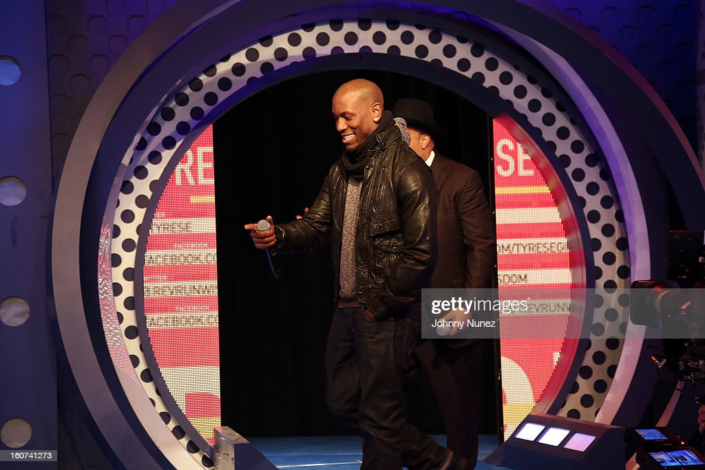 <a gi-track='captionPersonalityLinkClicked' href=/galleries/search?phrase=Tyrese&family=editorial&specificpeople=206177 ng-click='$event.stopPropagation()'>Tyrese</a> and Rev Run visit BET's '106 & Park' at 106 & Park Studio on February 4, 2013 in New York City.