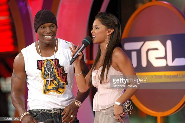 Tyrese and Vanessa Minnillo during Kenan Thompson and Tyrese Visit MTV's 'TRL' December 21 2004 at MTV Studios in New York City New York United States