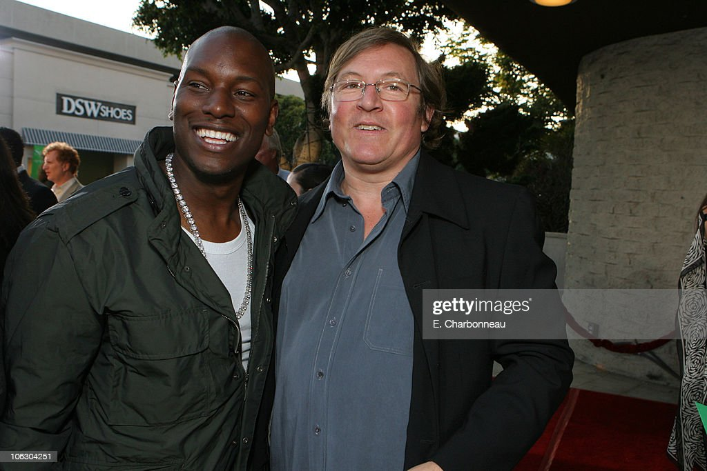 Tyrese Gibson and Producer Lorenzo di Bonaventura during Dimension Films presents the World Premiere of '1408' at The National Lindbrook Theatre in...