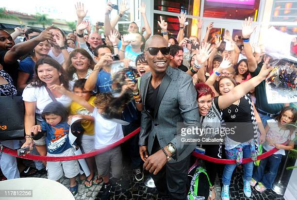 Tyrese Gibson attends the special red carpet VIP screening of 'Transformers Dark of the Moon' at Regal South Beach on June 30 2011 in Miami Florida