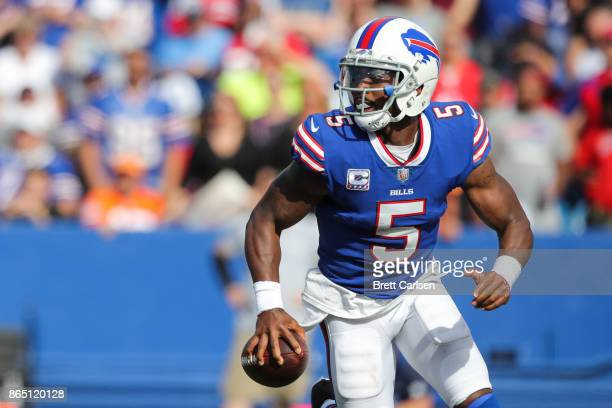 Tyrod Taylor runs with the ball during the second quarter of an NFL game against the Tampa Bay Buccaneers on October 22 2017 at New Era Field in...