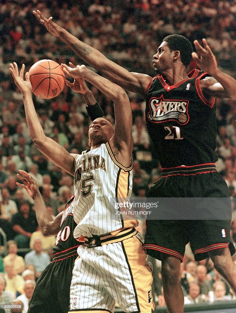 Tyrone Hill L and Larry Hughes R both of the P