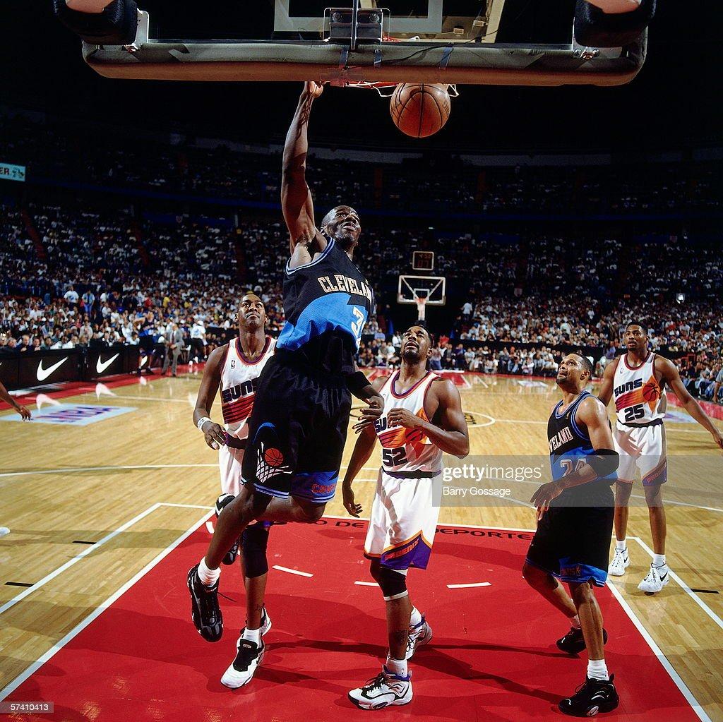 1996 Mexico City Challenge Cleveland Cavaliers v Phoenix Suns