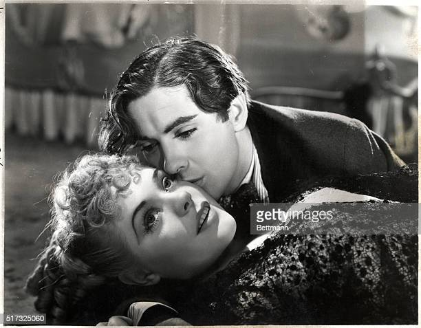 Tyrone Power and Alice Faye in 'In Old Chicago' 1938