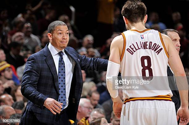 Tyronn Lue talks to Matthew Dellavedova of the Cleveland Cavaliers during the game against the Los Angeles Clippers on January 21 2016 at Quicken...