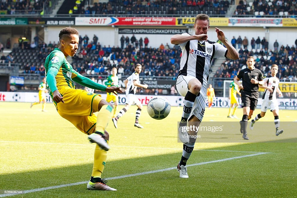Tyronne Ebuehi of ADO Den Haag, Ramon Zomer of Heracles Almelo during the Dutch Eredivisie match between Heracles Almelo and ADO Den Haag at Polman stadium on May 01, 2016 in Almelo, The Netherlands