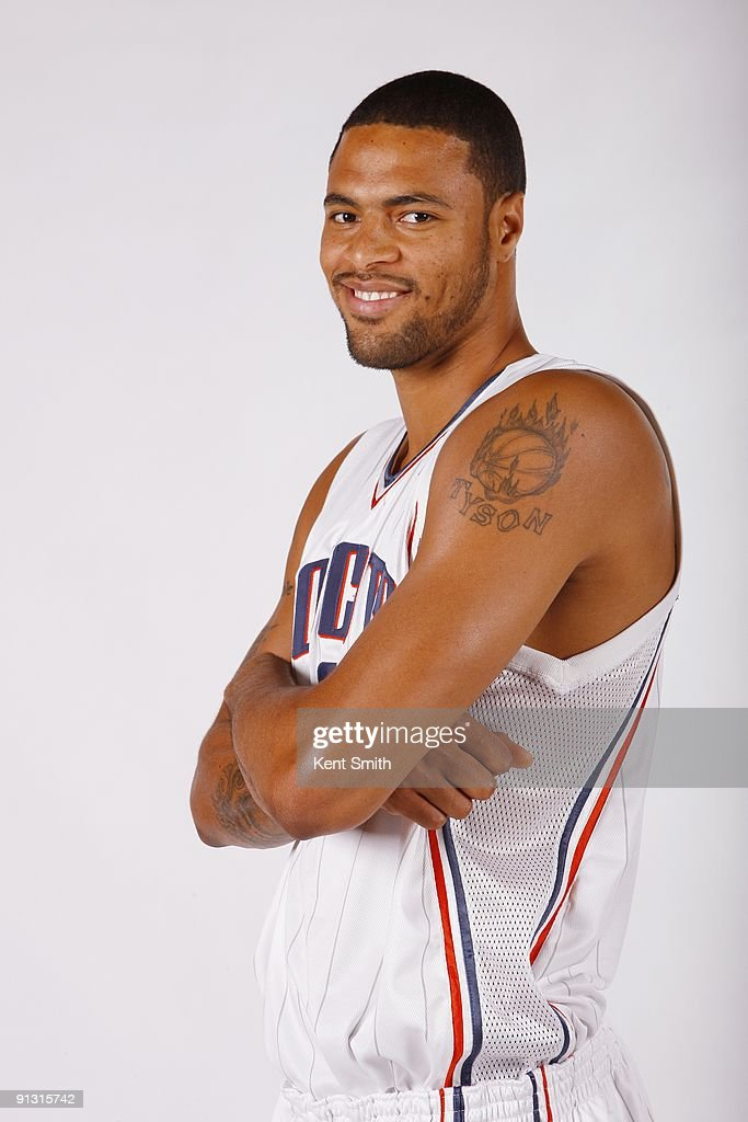 <a gi-track='captionPersonalityLinkClicked' href=/galleries/search?phrase=Tyson+Chandler&family=editorial&specificpeople=202061 ng-click='$event.stopPropagation()'>Tyson Chandler</a> #6 of the Charlotte Bobcats poses for a portrait during 2009 NBA Media Day at Time Warner Cable Arena on September 28, 2009 in Charlotte, North Carolina.