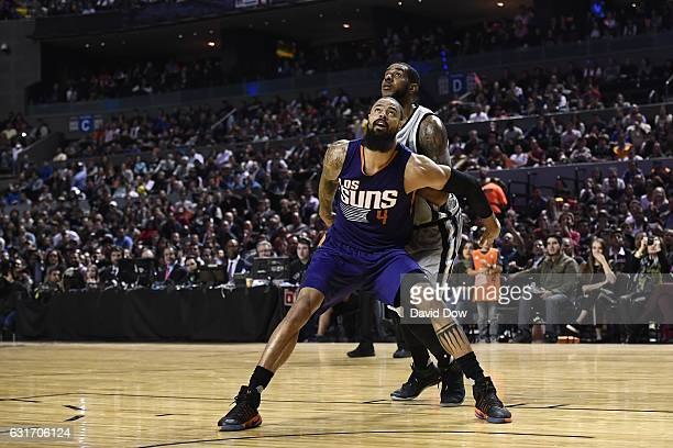 Tyson Chandler of the Phoenix Suns boxes out LaMarcus Aldridge of the San Antonio Spurs as part of NBA Global Games at Arena Ciudad de Mexico on...