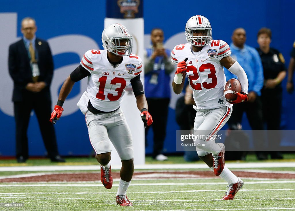 Tyvis Powell #23 of the Ohio State Buckeyes intercepts a ball in the fourth quarter during the All State Sugar Bowl at the Mercedes-Benz Superdome on January 1, 2015 in New Orleans, Louisiana.